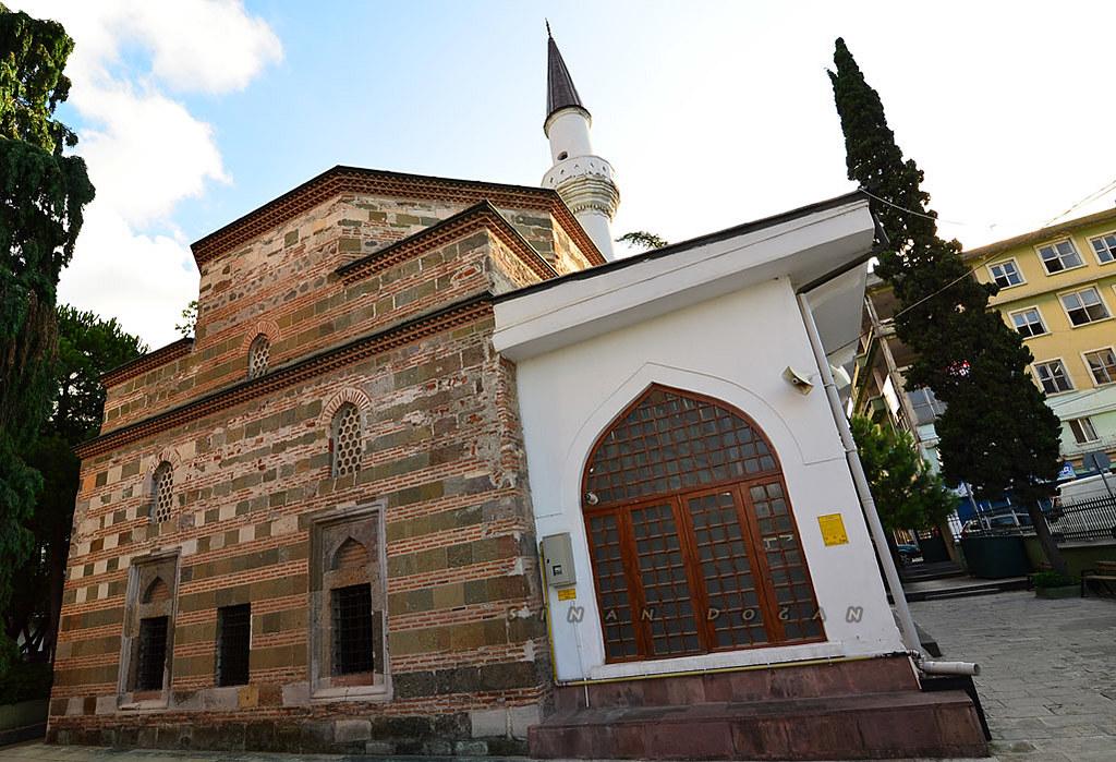 Yalı Camii