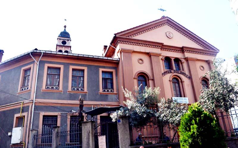 İtalyan Katolik (Mater Dolorosa) Kilisesi